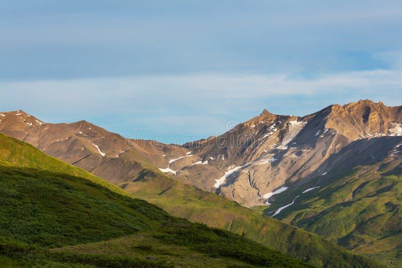 Montanhas em Alaska fotografia de stock royalty free