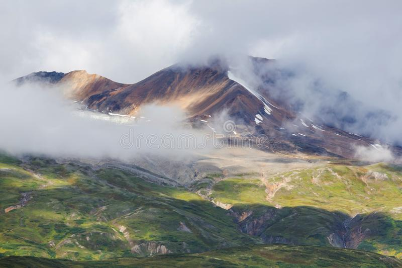 Montanhas em Alaska imagens de stock royalty free