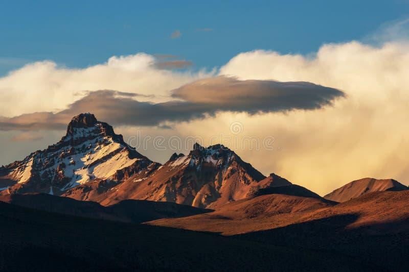 Montanhas em Bolívia imagens de stock royalty free