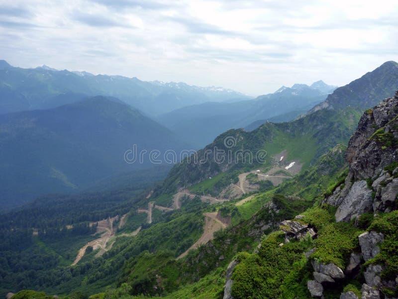 Montanhas em Cáucaso fotografia de stock royalty free