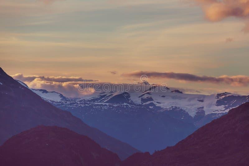 Montanhas em Canadá fotografia de stock royalty free