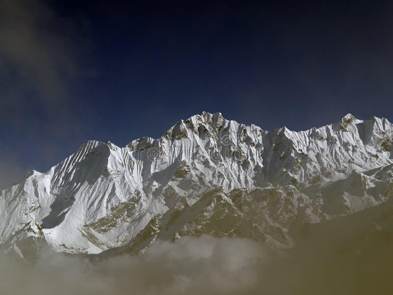 Montanhas em Langtang imagens de stock royalty free