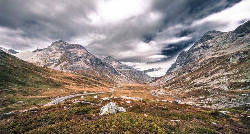 Montanhas em Switzerland imagens de stock royalty free