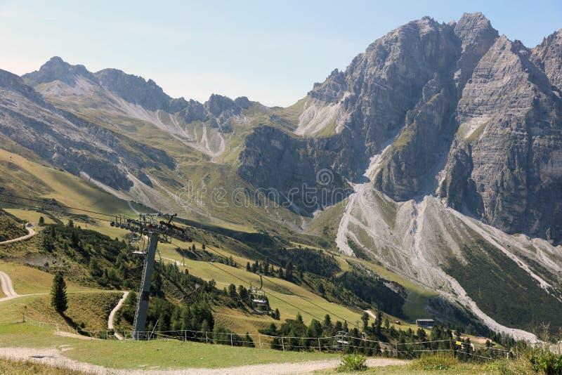 Montanhas em Tirol foto de stock