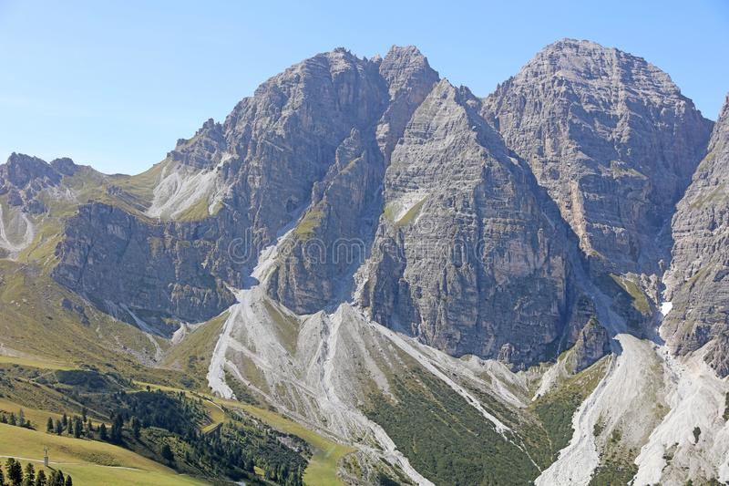 Montanhas em Tirol imagem de stock
