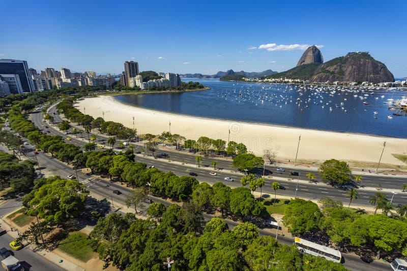 Montanhas exóticas Montanhas famosas Montanha de Sugar Loaf em Rio de janeiro, Brasil imagens de stock