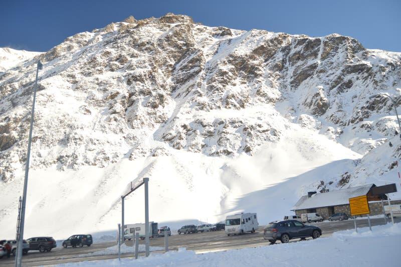 Montanhas nevados bonitas da Creta de Bataillence em Aragnouet Natureza, curso, paisagens 29 de dezembro de 2014 Aragnouet, meio- foto de stock royalty free
