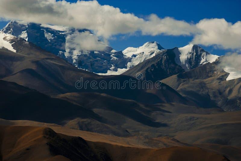 Montanhas Tibet de Himalaya imagem de stock