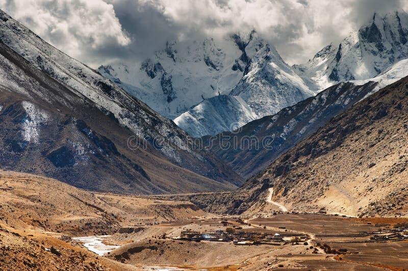 Montanhas tibetanas imagem de stock royalty free