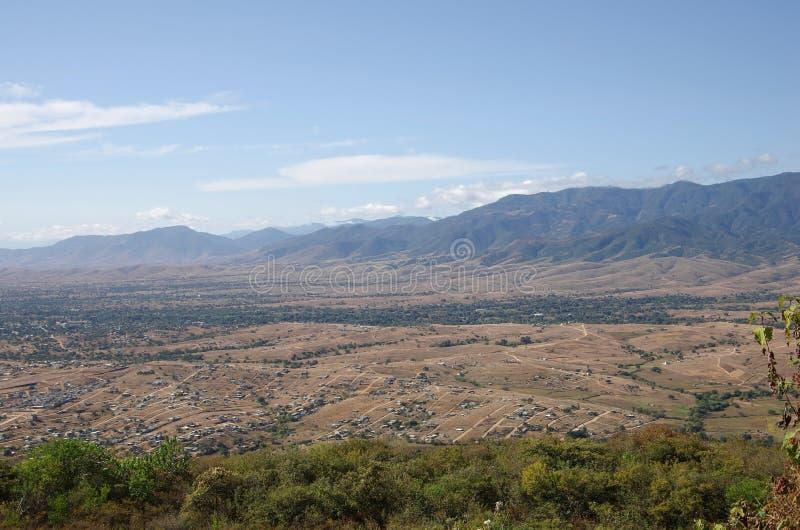 Monte Alban lizenzfreie stockbilder