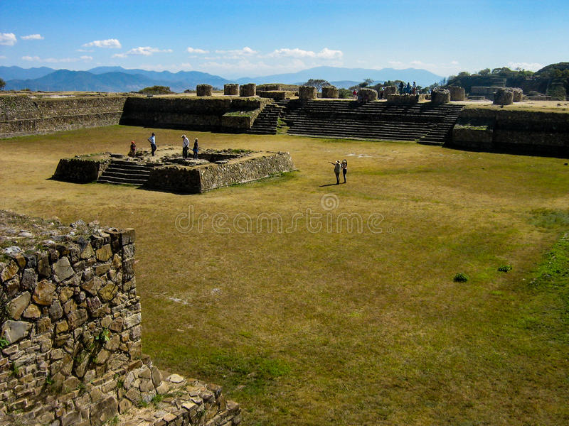 Monte Alban, Mexiko stockbild