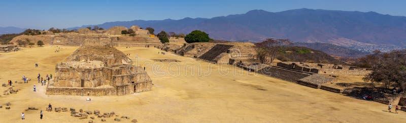 Monte Alban miejsca panoramiczny widok, Meksyk obraz royalty free