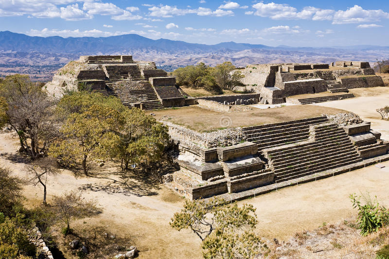 Monte Alban, Oaxaca, México imagen de archivo