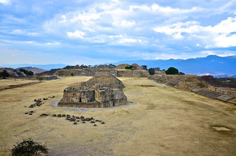 Monte Alban Ruinen, Mexiko lizenzfreies stockbild