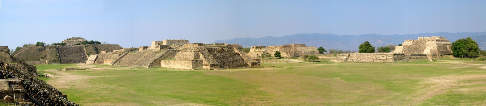 Monte Alban-` s Panoramablick stockfotos