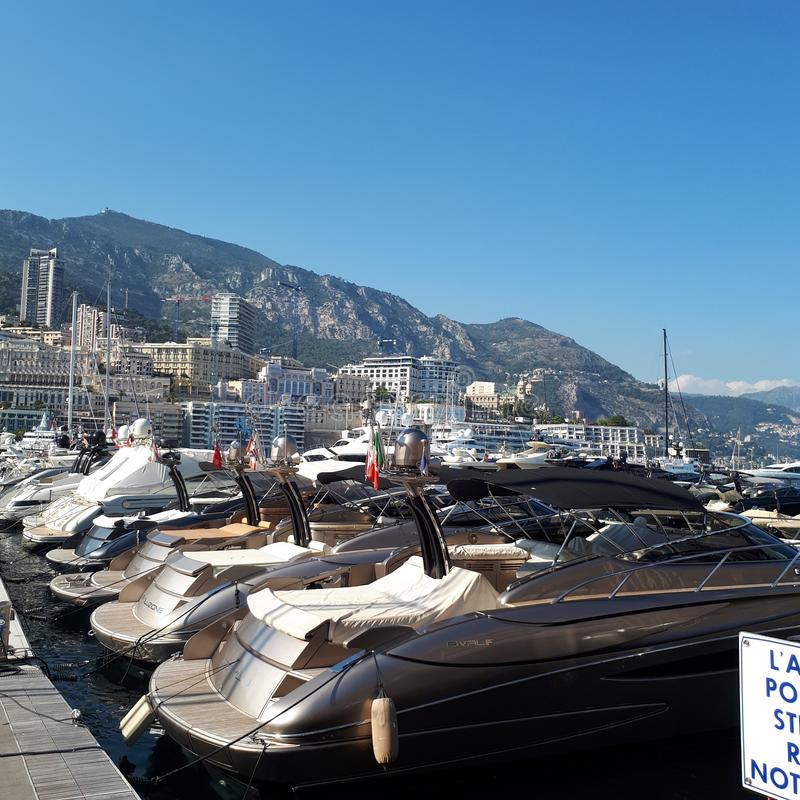 Monte Carlo, hemel, varend schip, de bouw, ruimteveer stock fotografie