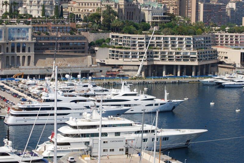 Monte Carlo, jachthaven, passagiersschip, watervervoer, luxejacht stock afbeeldingen
