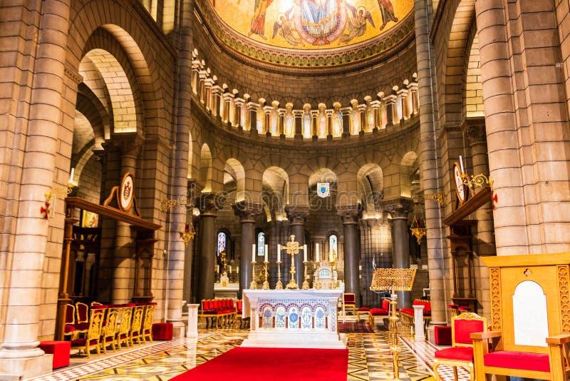 Monte Carlo Monaco – 2019 HelgonNicholas Cathedral inre i Monte - carlo, Monaco royaltyfria foton