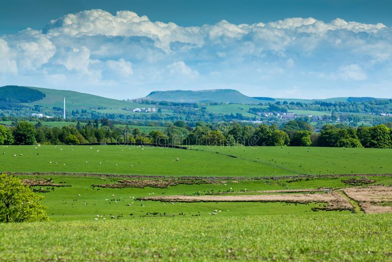 Monte de Burnswark perto de Lockerbie, Escócia imagens de stock royalty free