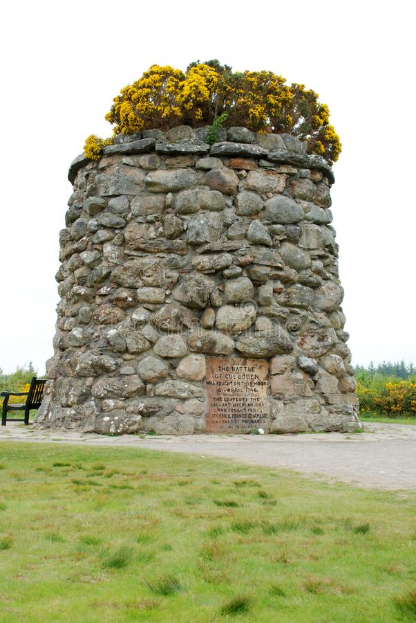 Monte de pedras memorável de Jacobite em Escócia fotos de stock