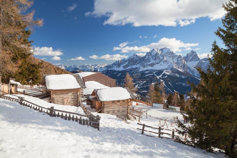 Monte Elmo, dolomity, Włochy - Halny narciarstwo i jazda na snowboardzie Sexten Sesto, alt Adige, Puster Dolinny Alta Pusteria fotografia royalty free