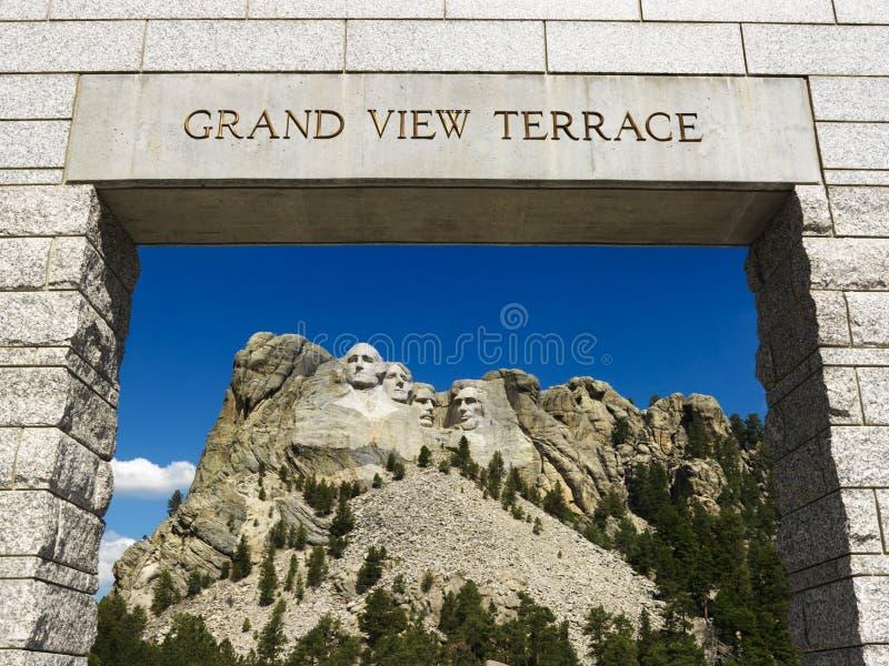 Monte a entrada de Rushmore. imagens de stock royalty free