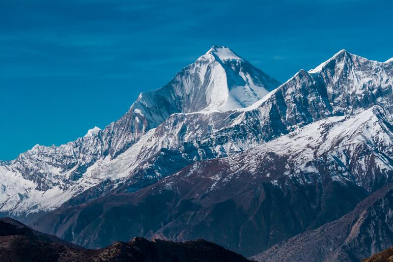 Monte no nascer do sol, Zona de Conservação de Annapurna, montanhas de Himalaya, Nepal fotos de stock