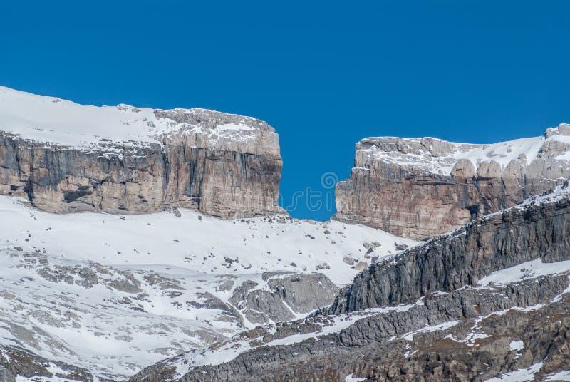 Monte Perdido no parque nacional de Ordesa, Huesca. Espanha. foto de stock