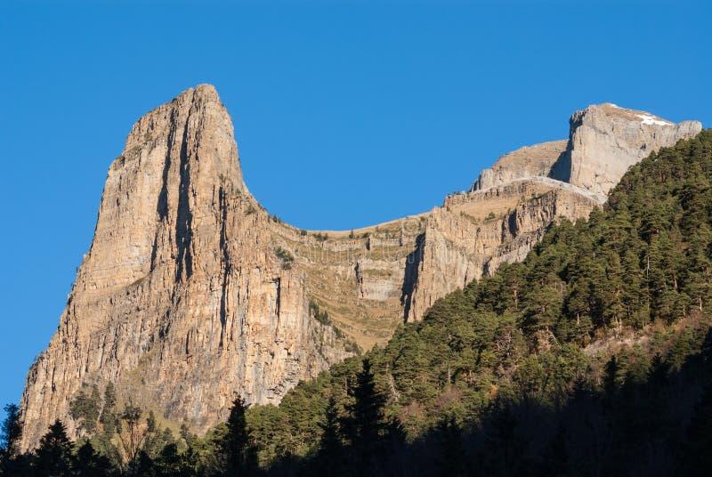 Monte Perdido no parque nacional de Ordesa, Huesca. Espanha. fotografia de stock