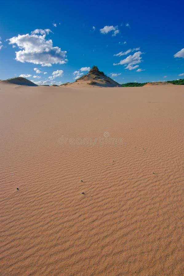 Monte vermelho do deserto imagens de stock