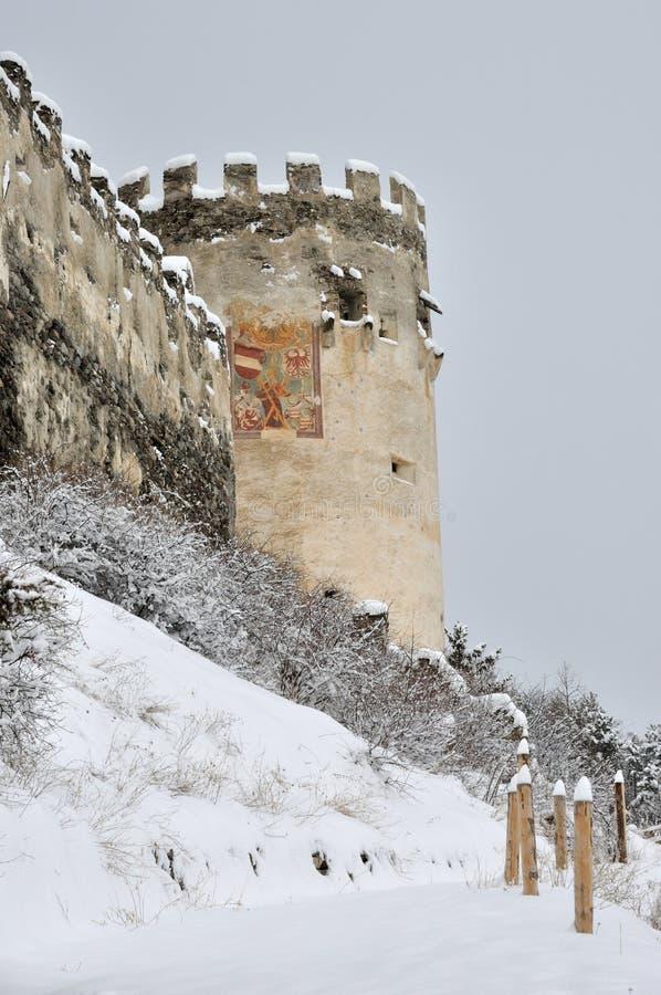 Montechiaro城堡塔和绘画 库存图片