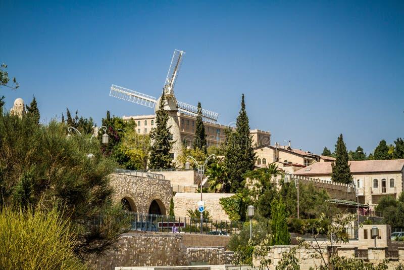 Montefiore风车在耶路撒冷,以色列 免版税库存图片
