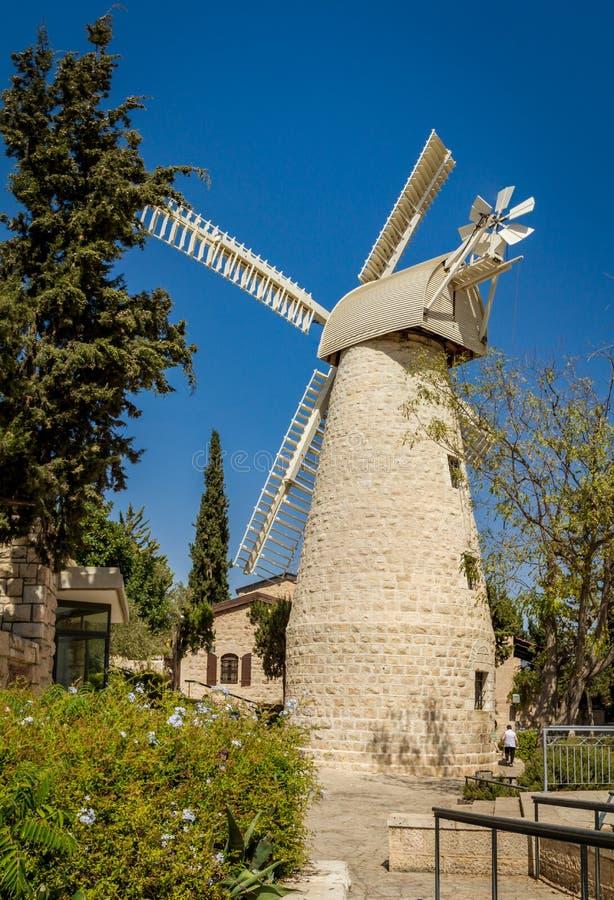 Montefiore风车在耶路撒冷,以色列 库存图片