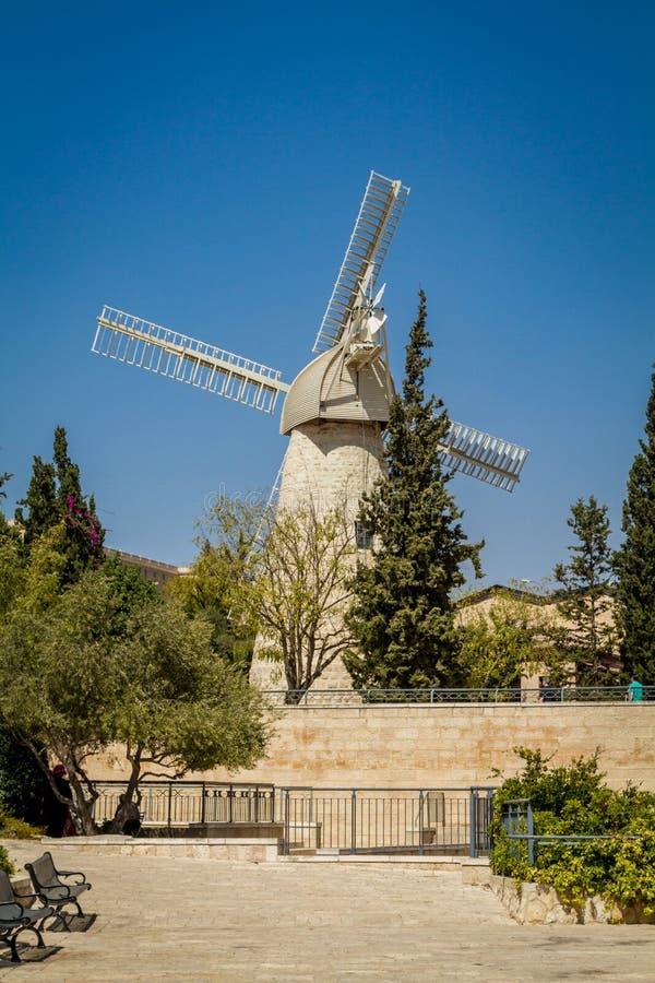 Montefiore风车在耶路撒冷,以色列 图库摄影