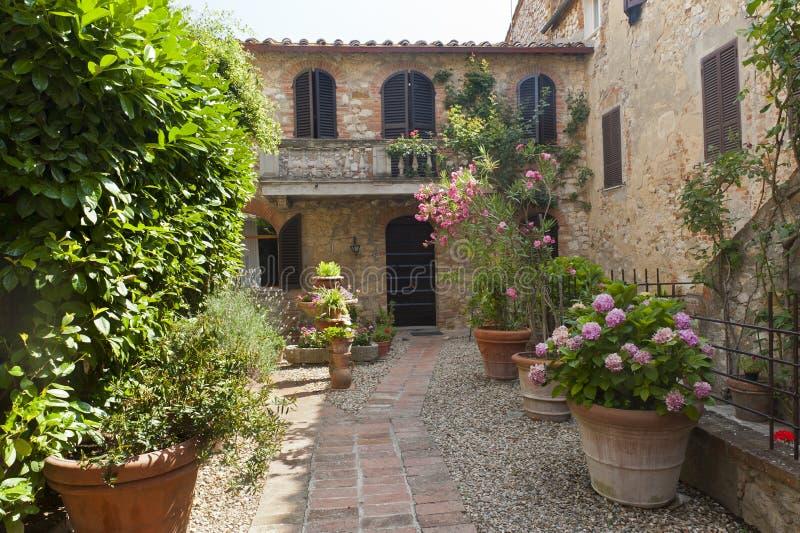 Montefollonico (Siena) stockfotos