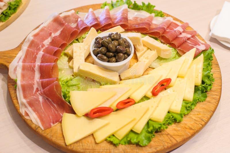 Montenegrinsk ny aptitretaremat arkivbild