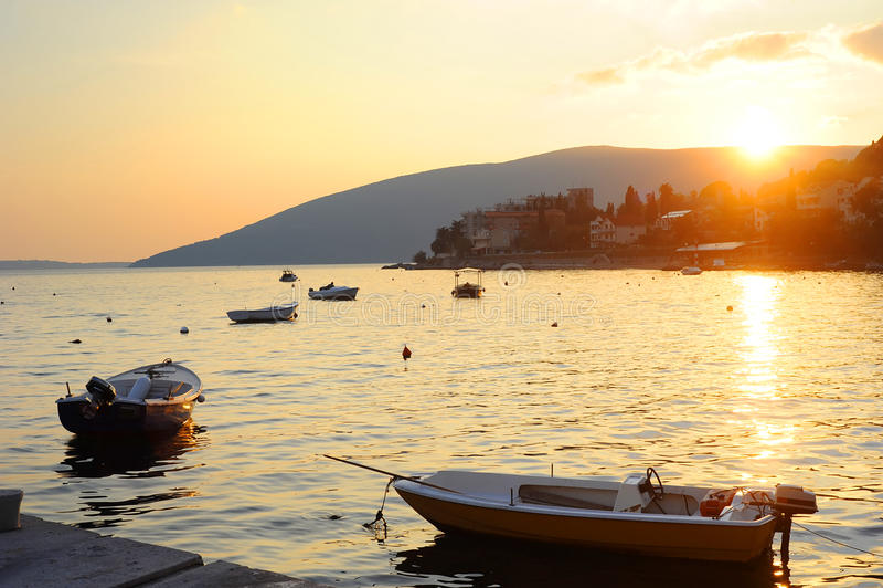 montenegro seashore royaltyfria bilder