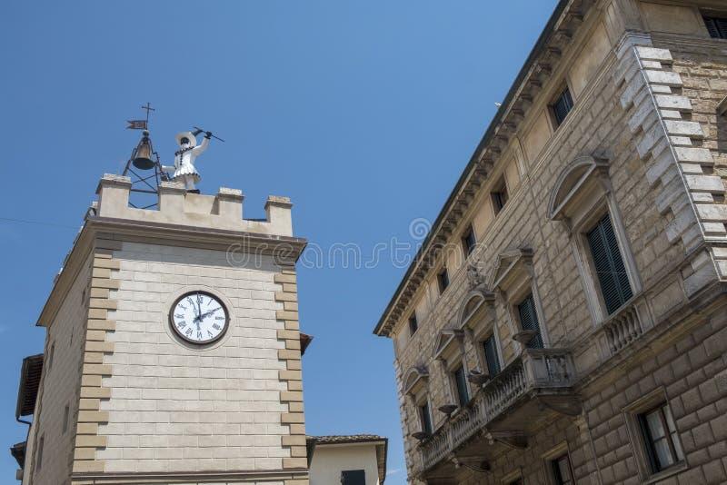 Montepulciano, Siena, Itália: construções históricas fotos de stock royalty free