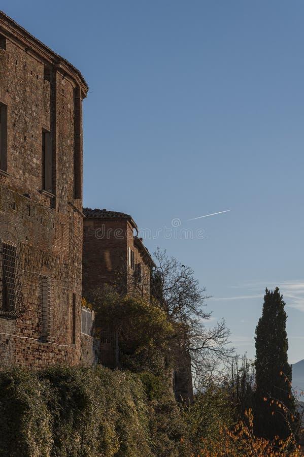 MONTEPULCIANO - TUSCANY/ITALY, LE 29 OCTOBRE 2016 : Vieille et médiévale ville de Montepulciano en Toscane, Valdichiana images stock