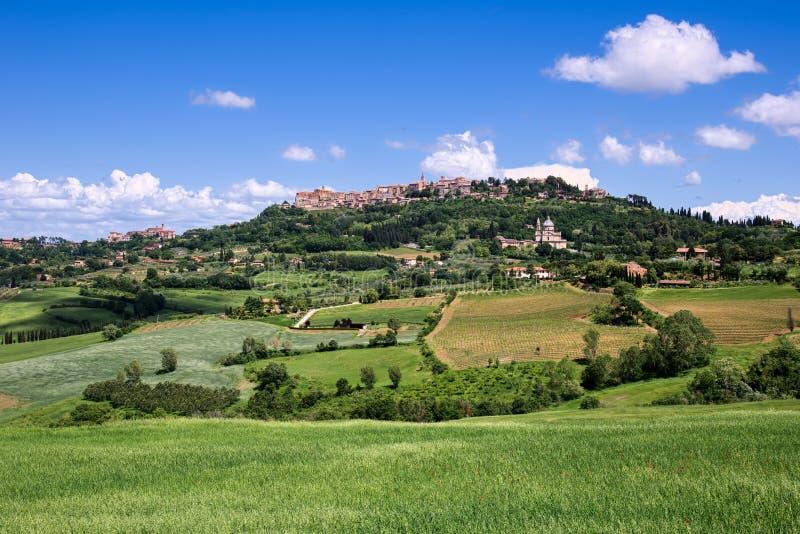 MONTEPULCIANO, TUSCANY/ITALY - 17 MAGGIO: Vista del churc di San Biagio immagini stock