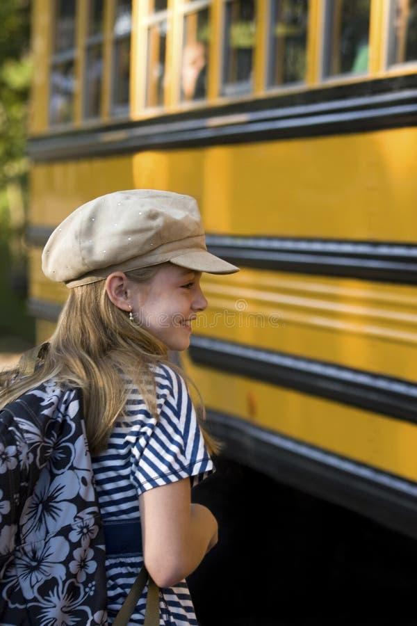 Monter dans l'autobus photographie stock