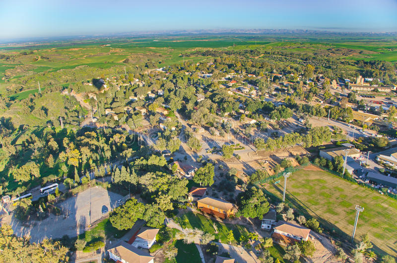 Monter en ballon au-dessus de l'Israël - vue d'oeil d'oiseau de l'Israël après le rai photo libre de droits