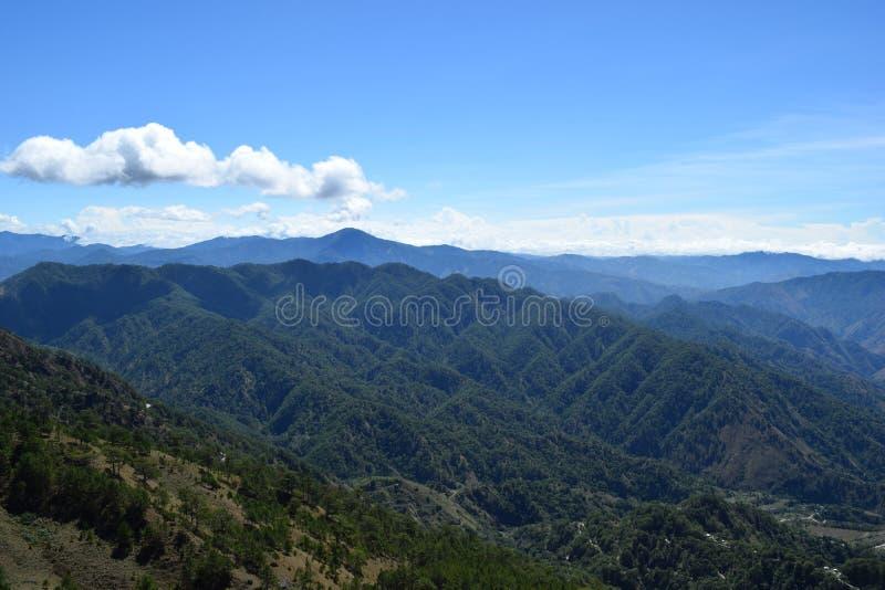 Montera Ulap, mt Ulap, Cordillerasbergskedjor, Ampucao bergskedjor, Ampucao, Itogon, Benguet, Filippinerna royaltyfria foton