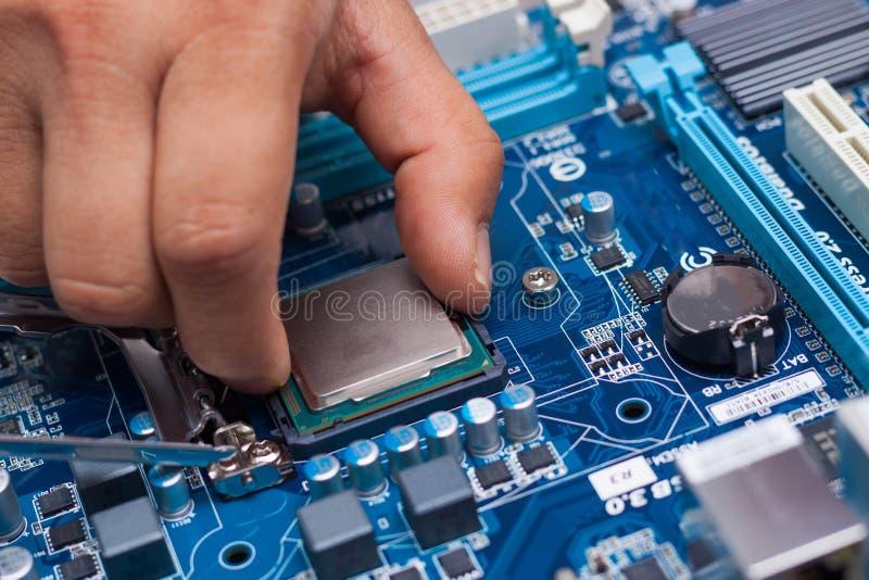 Monterande persondator för hög kapacitet royaltyfria foton