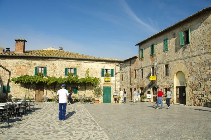 Download Monteriggioni Tuscany editorial stock photo. Image of exterior - 29278053