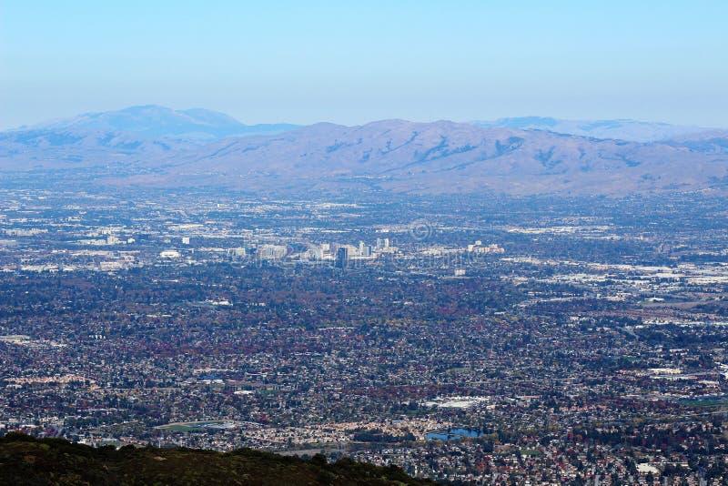 MonteringsUmunhum sikt av San Jose royaltyfri foto