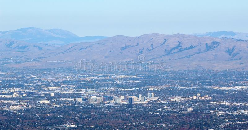 MonteringsUmunhum sikt San Jose 2 arkivbilder