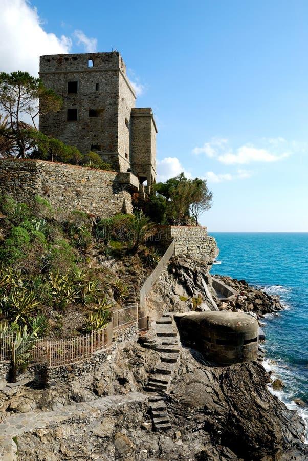 Monterosso (Cinqueterre, Italia), viejo fortalecimiento fotos de archivo libres de regalías