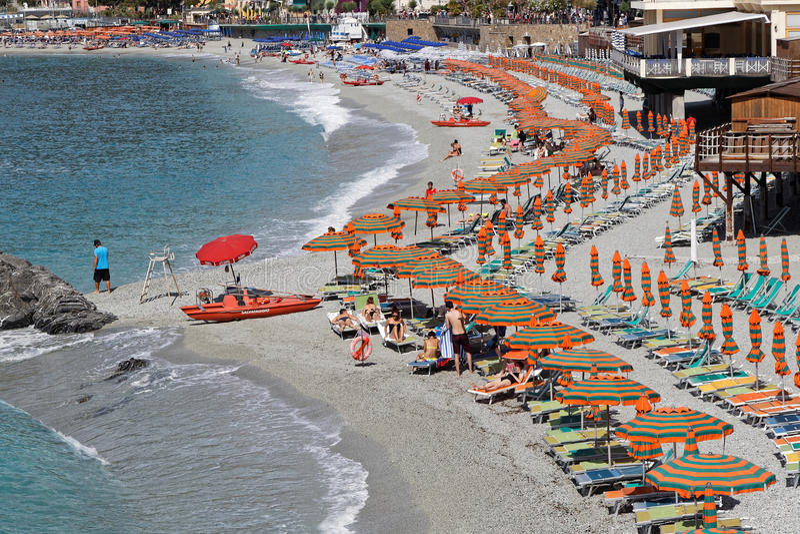 Monterosso strand arkivbild
