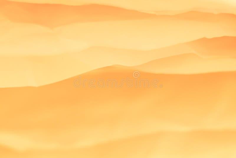 Montes arenosos do deserto do fundo de papel alaranjado das camadas imagens de stock royalty free